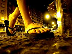Debajo de tus pies